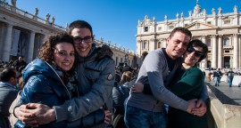 Couples place Saint-Pierre au Vatican