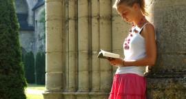 26 juillet 2006. Retraite spirituelle de discernement pour jeunes de 18/30 ans, organisée par la communauté monastique des Serviteurs de Jésus et Marie, à l'Abbaye d'Ourscamp, dans l'Oise (60).